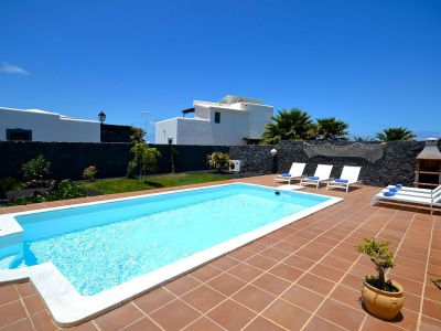 Villa Playa Blanca / beheizter Pool L-020