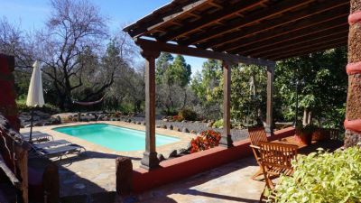 Finca La Palma traditionell mit Pool
